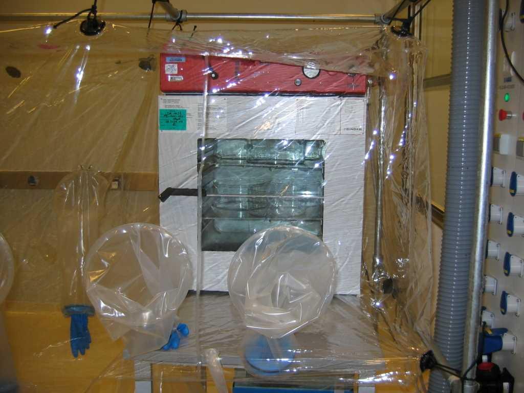 Tray Dryer Flexible Isolation System